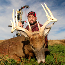 Come hunt the finest properties Kansas has to offer with Midwest Whitetail Adventures.