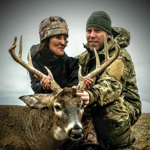 Hunting lodge and guided deer hunts with Midwest Whitetail Adventures.